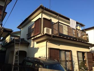 横浜市瀬谷区の住宅で陶器瓦屋根の漆喰調査