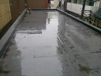 横浜市戸塚区で屋上シート防水劣化による雨漏り