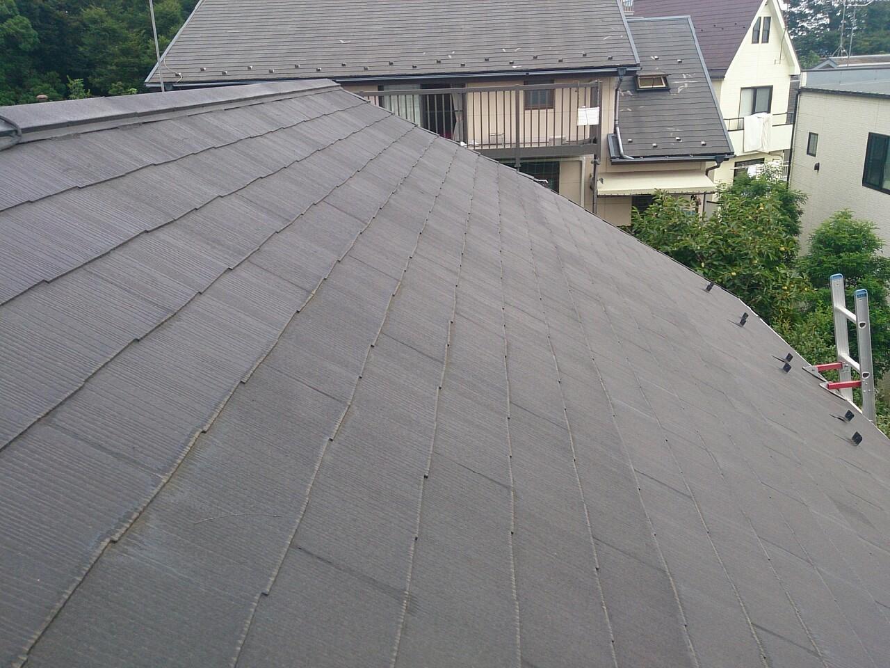 川崎市多摩区で築25年スレート屋根のカバー工事をご提案