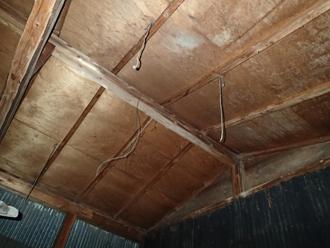 藤沢市でトタン屋根倉庫のリフォームをご検討