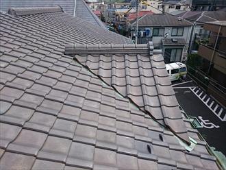 横浜市磯子区で雨漏りの原因は防水紙の劣化にあります