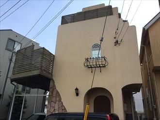 県央地区海老名市で駐車場屋根の破損を調査します