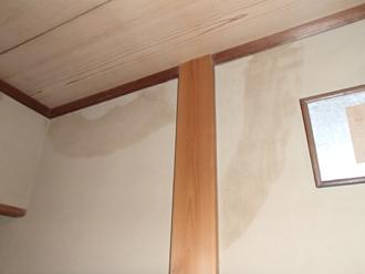 川崎市幸区で瓦屋根の防水紙劣化による雨漏り