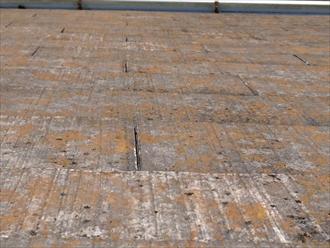川崎市宮前区で反りが出ているスレートも葺替え工事で安心