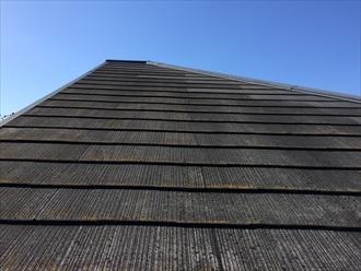 相模原市緑区築18年の表面の荒れた化粧スレート屋根調査