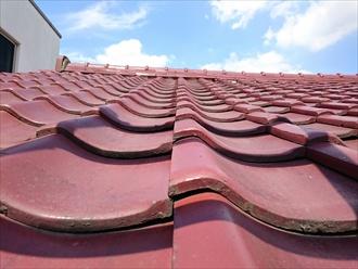 横浜市中区で地震に備えて瓦屋根を軽い屋根に葺替えます