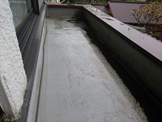 横浜市緑区で雨漏りの原因は防水の排水口にありました