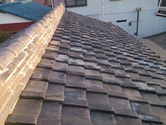 藤沢市で瓦屋根の防水紙劣化による雨漏り