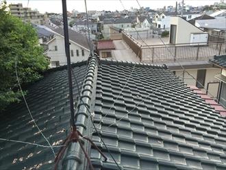 相模原市緑区アパートの瓦屋根調査で漆喰剥がれと針金切れ