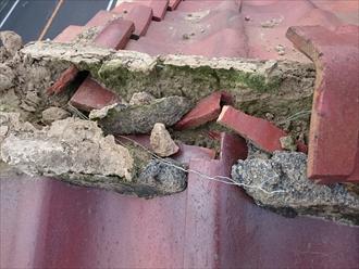 横浜市栄区で崩れた棟の積み直し工事をおこないます