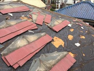 横浜市青葉区で屋根の葺き替え工事で雨漏りを直します