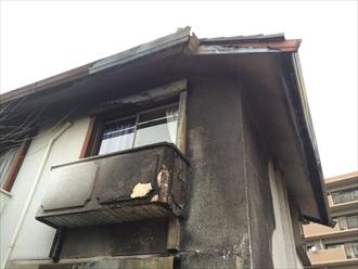 相模原市緑区で貰い火被害にあった建物の鼻隠しと雨樋の改修