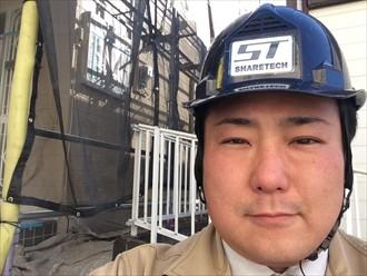 横浜市西区で強風でめくれた棟板金の交換工事を行いました