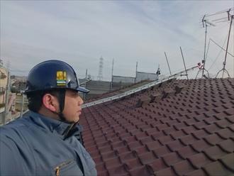 川崎市中原区でヒビ割れたスレートをカバー工事でメンテナンス
