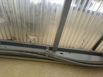 横浜市港北区の屋根修理|アパートのポリカ波板張替工事