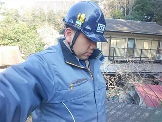 横浜市都筑区で風で飛んでしまった棟板金を交換します