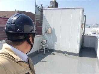 横浜市磯子区ルーフバルコニーの防水工事通気緩衝工法の仕上げ