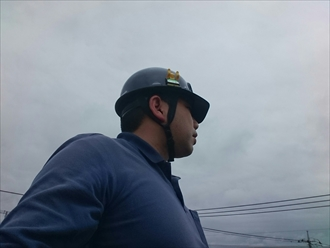 横浜市保土ケ谷区でスレートの波板からガルバリウム鋼板へ葺き替え工事