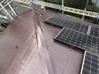 横浜市都筑区捲れた棟板金の交換と傷んだスレートを屋根塗装