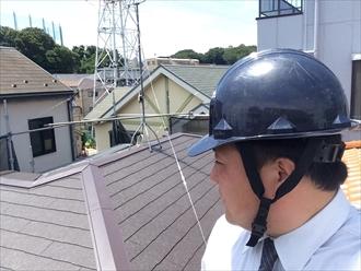 横浜市旭区雨漏りした屋根の葺き替え工事を行っております①