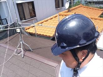 横浜市旭区雨漏りした屋根の葺き替え工事を行っております②