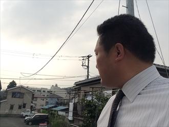 横浜市南区近隣火災発生で熱による雨樋破損の調査