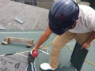 横浜市南区スーパーガルテクトを使用した屋根カバー工事②