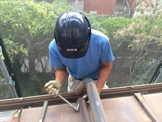 横浜市港南区|金属屋根の瓦棒葺きをガルバリウムで屋根カバー工事①