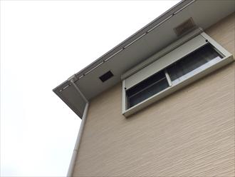 軒下換気口や雨押えにも台風の被害は発生します|横浜市青葉区
