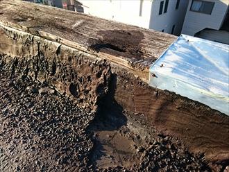 雨漏りの原因になる屋上防水の劣化|横浜市中区