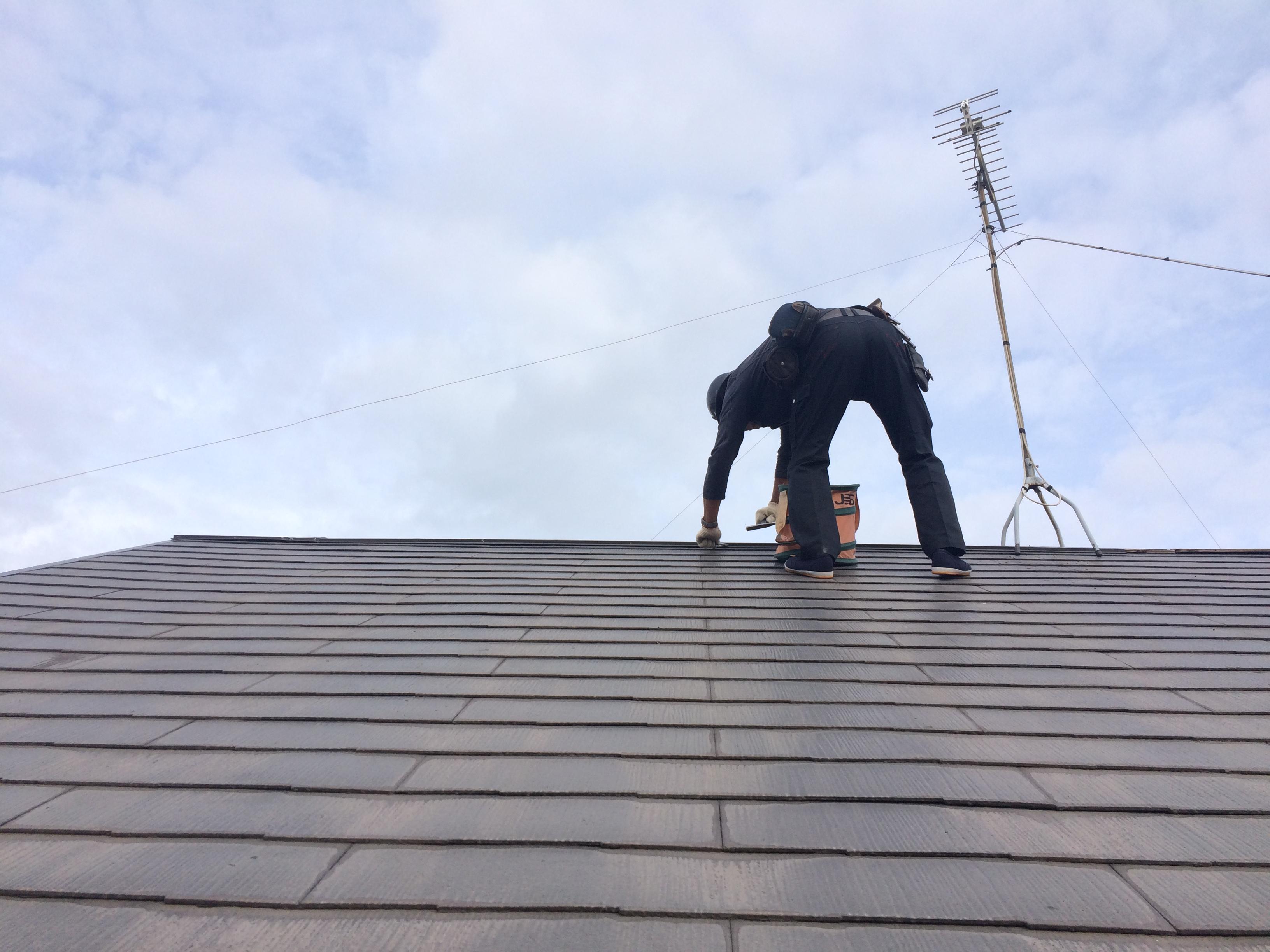 風でにより被害を受けて飛んでしまった棟板金を交換|横浜市中区