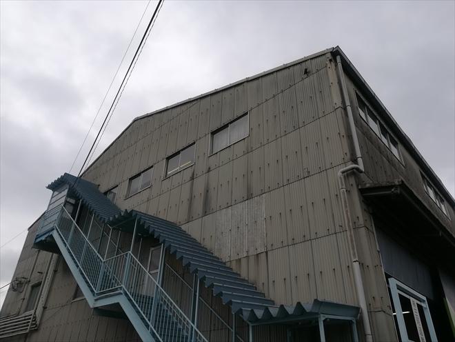 横浜市金沢区|工場の屋根(ケラバ部分)の確認と雨樋調査