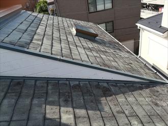 川崎市川崎区|バルコニーからの雨漏り・防水工事とあわせて屋根と外壁のメンテナンス