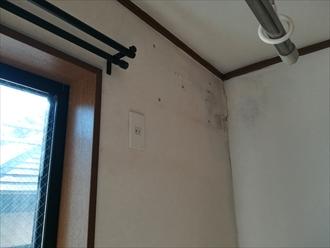 横浜市都筑区|室内天井からの雨漏り、原因はバルコニー防水の劣化