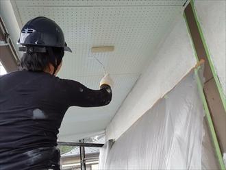 雨風に影響を受けた軒天は交換してから塗装しましょう|横浜市磯子区