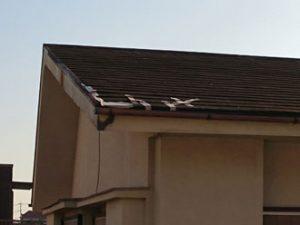 屋根一部飛散