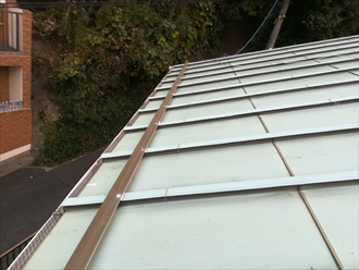 屋根(トタン屋根)