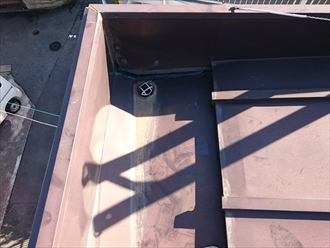 雨漏りの原因になっている箱樋を外付けの雨樋にします|川崎市高津区