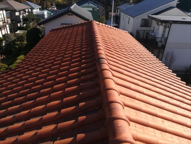 横浜市磯子区|洋瓦の棟の釘浮きを調査