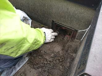 屋上防水の雨漏りは排水口の回りからが多いんです|川崎市川崎区