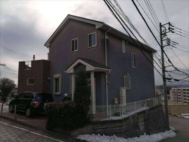 横浜市都筑区|コロニアル用後付け雪止め設置の様子
