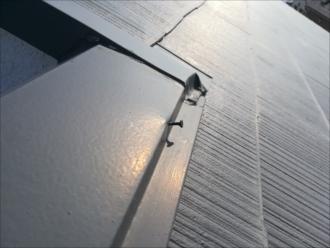 茅ヶ崎市|屋根の調査依頼・棟板金の浮き確認