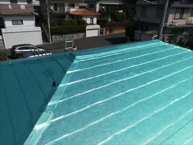 横浜市港南区|屋根一面にフィルム!?雨漏り調査