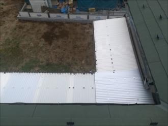 川崎市高津区|波板トタン屋根・補修工事の様子