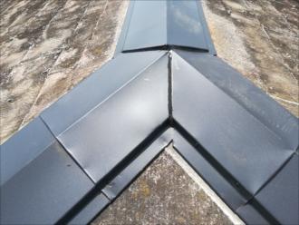 ガルバリウム鋼板・繋ぎ目コーキング処理