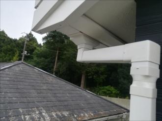 横浜市緑区|築、間もない建物での雨樋の詰まり・点検調査