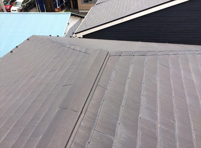 特にアパート屋根で棟板金の釘抜けや浮きがご心配のオーナー様へ|横浜市中区
