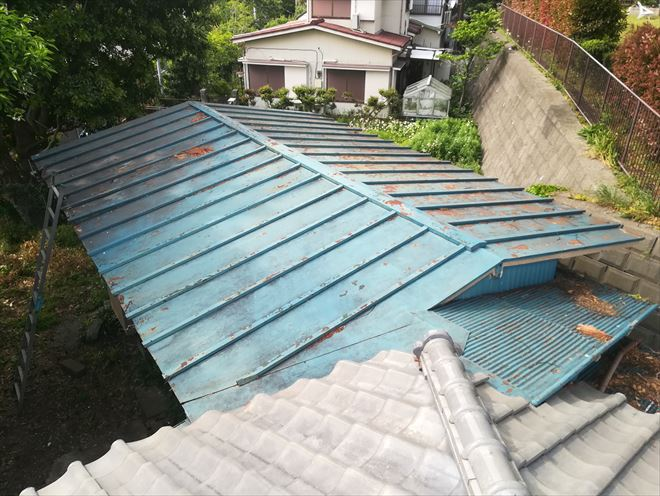 横浜市中区|トタン屋根の補修・点検調査依頼
