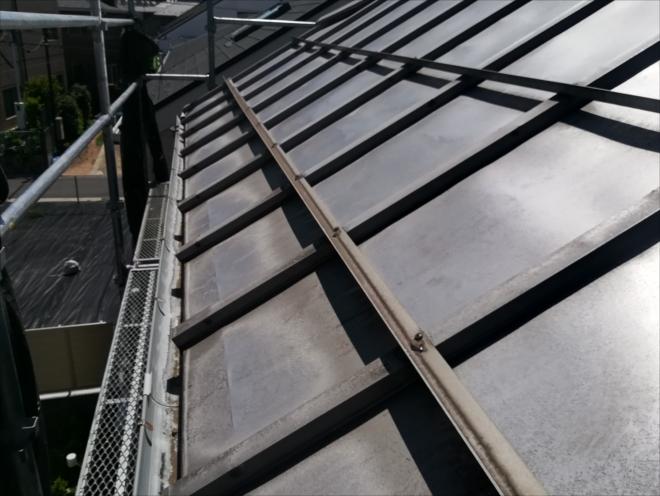 川崎市中原区|瓦棒葺き屋根・雪止め用アングル補修工事