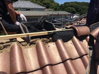洋瓦屋根のメンテナンスに棟瓦取り直し工事|横浜市中区